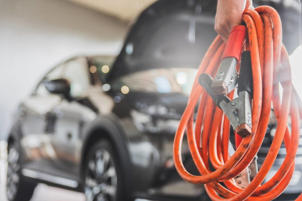 cables para cargar bateria coche